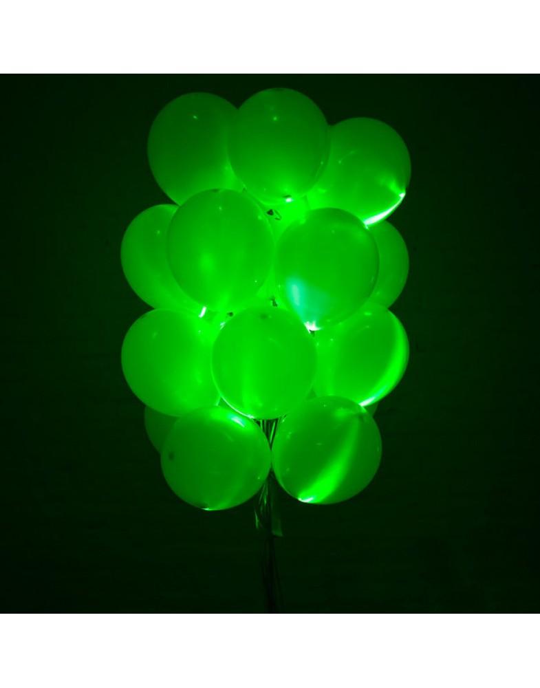 Связка светящихся зеленых шаров
