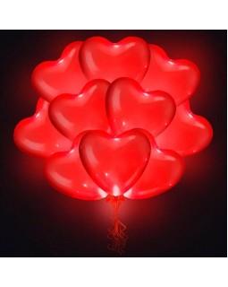 Связка светящихся красных  сердец