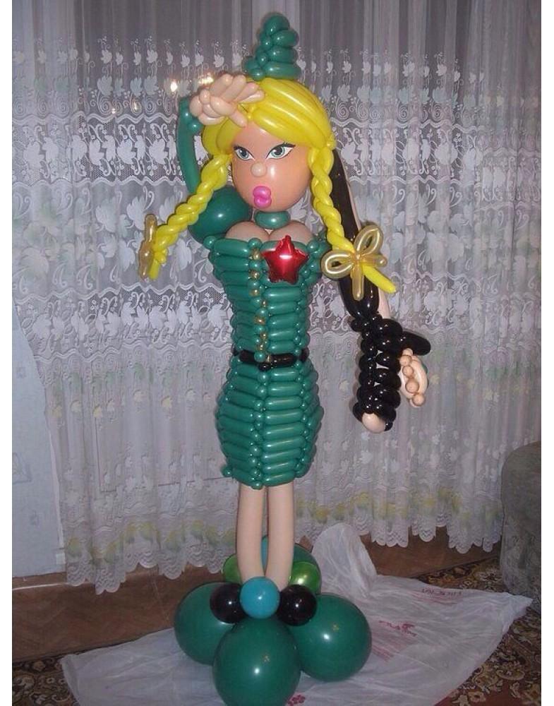 Девушка из шаров с автоматом